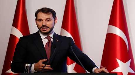 وزير المالية التركي بيرات البيرق