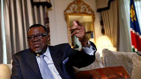 الرئيس الناميبي حاج غينغوب