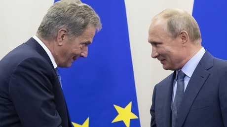 الرئيس الروسي فلاديمير بوتين ونظيره الفنلندي ساولي نينيستو