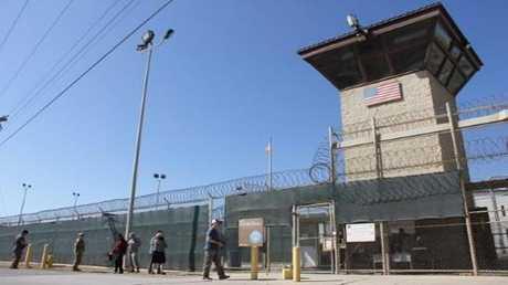 برج المراقبة في  معتقل غوانتانامو