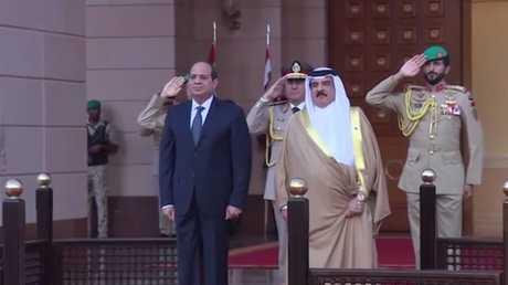 الرئيس المصري السيسي وملك البحرين آل خليفة