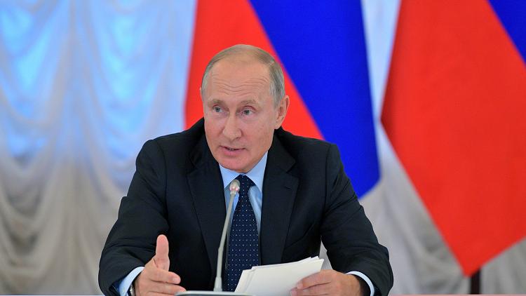 كيف بدا حكام روسيا في سنواتهم الدراسية؟ (صور)