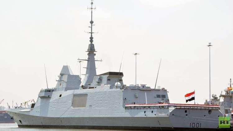 خبير يكشف لـRT مواصفات عسكرية مذهلة لأول سلاح بحري صنع في مصر