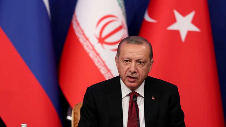 أردوغان: لن نقف متفرجين حيال قتل آلاف المدنيين الأبرياء بسوريا