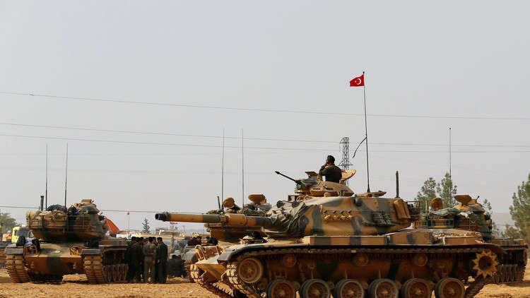 تقرير: تركيا نشرت 30 ألف عسكري بسوريا وضاعفت عدد دباباتها ومدرعاتها على الحدود