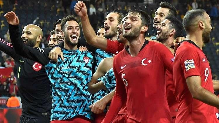 تركيا تقلب الطاولة على السويد في دوري الأمم الأوروبية