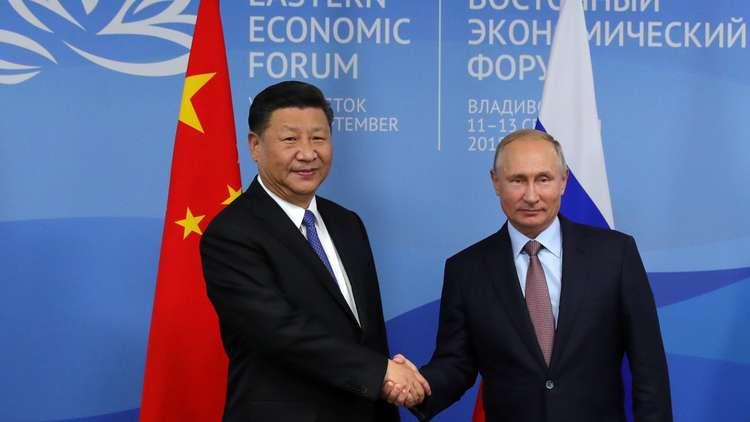 بوتين يحتفي بضيفه الصيني ويعدد مزايا العلاقات الثنائية!