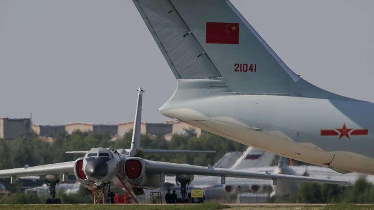 روسيا والصين: رايات الاتحاد العسكري الحمراء