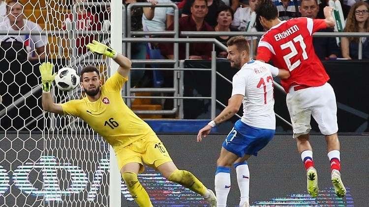 إقالة مدرب التشيك بعد الخسارة المذلة أمام روسيا