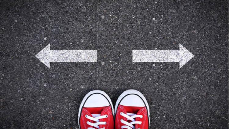 لماذا نثق بحدسنا بدلا من المنطق عند اتخاذ القرارات؟