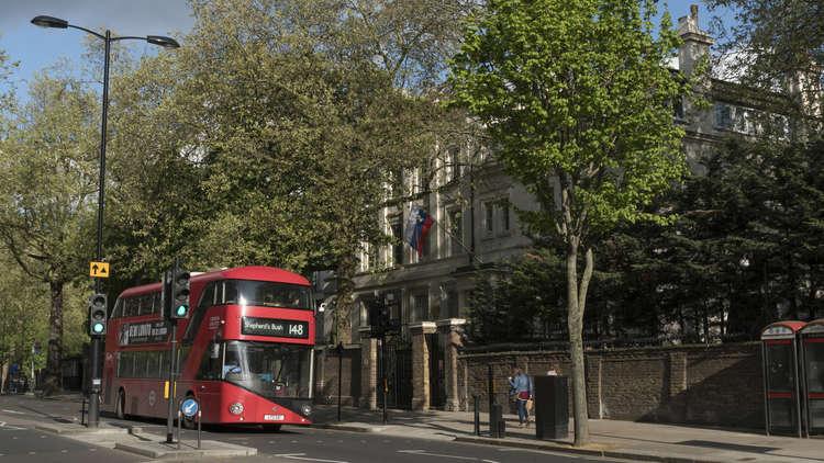 سفارة موسكو في لندن: بريطانيا تستعد لاتخاذ إجراءات عدائية ضد روسيا في المجال الإلكتروني