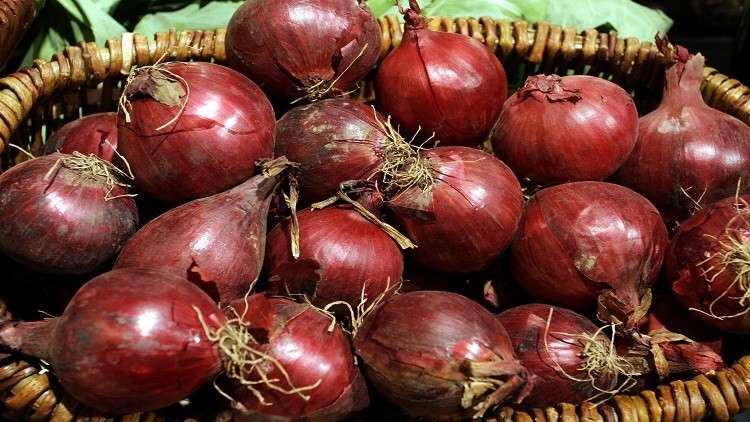 تعرف على فوائد البصل الأحمر