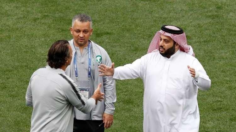 تركي آل الشيخ ينتقد توظيف لبناني في الاتحاد السعودي (صورة)