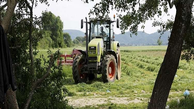 شركة سورية تطلق أول جرار زراعي مجمع بقمرة مكيفة