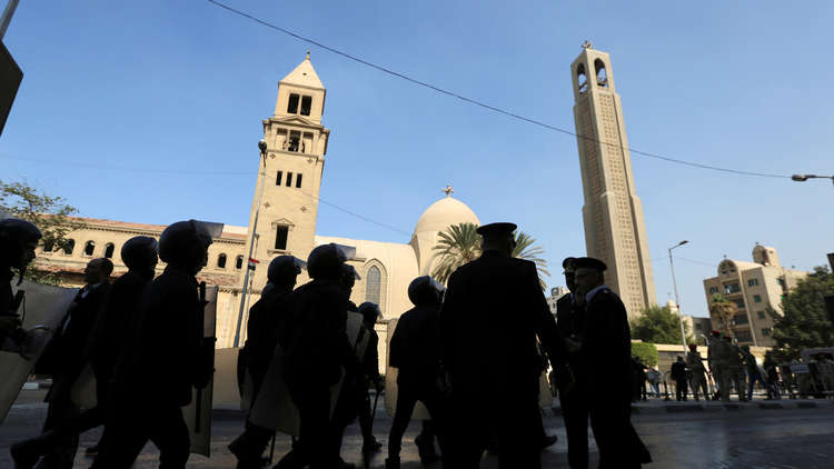 حكم جديد بشأن الضباط الملتحين في مصر