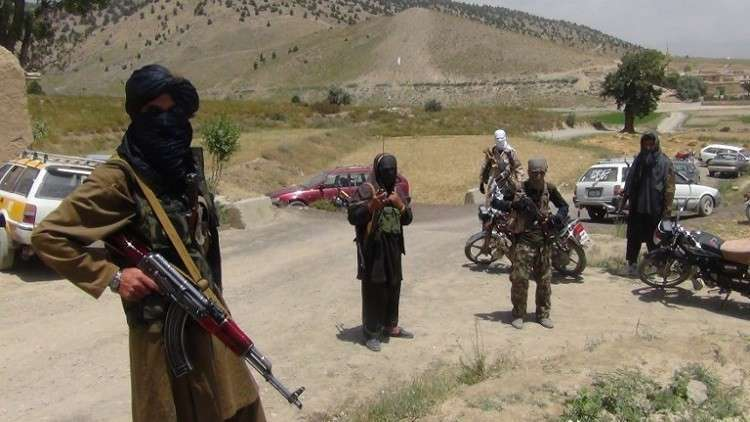 مقتل 6 من الشرطة في اشتباك مع طالبان شمالي أفغانستان