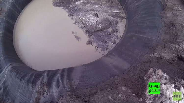 فتحة طبيعية عملاقة في سيبيريا تتحول إلى بحيرة (فيديو)