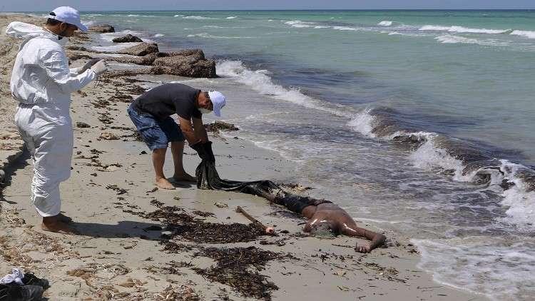 العثور على جثث 21 مهاجرا حاولوا الوصول لإسبانيا عبر المتوسط