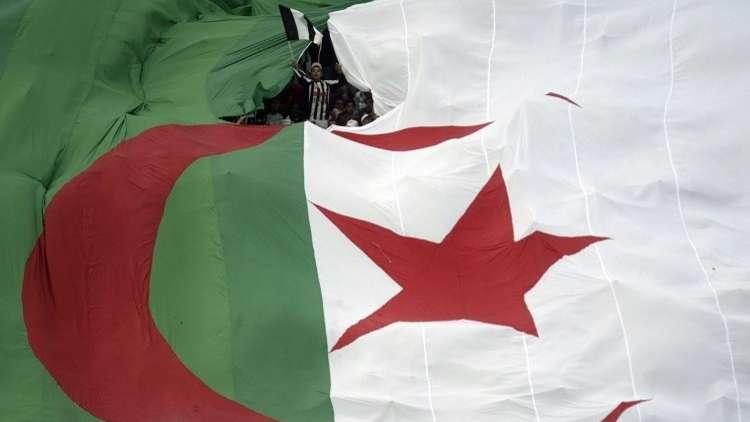 وفاق سطيف الجزائري يفوز على ضيفه الوداد المغربي