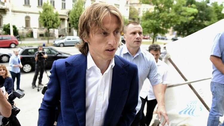 مودريتش يفصح عن قرب رحيله عن النادي الملكي