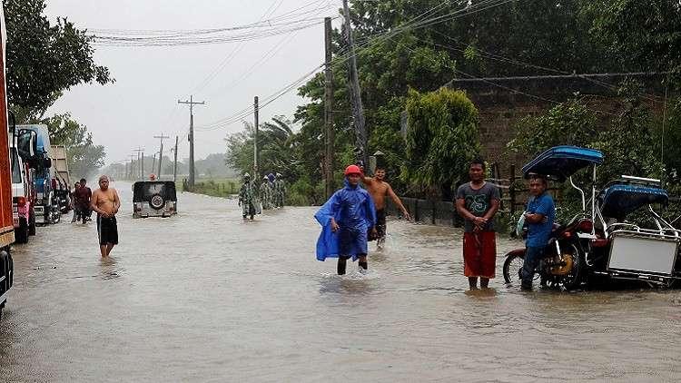 25 قتيلا في إعصار الفلبين