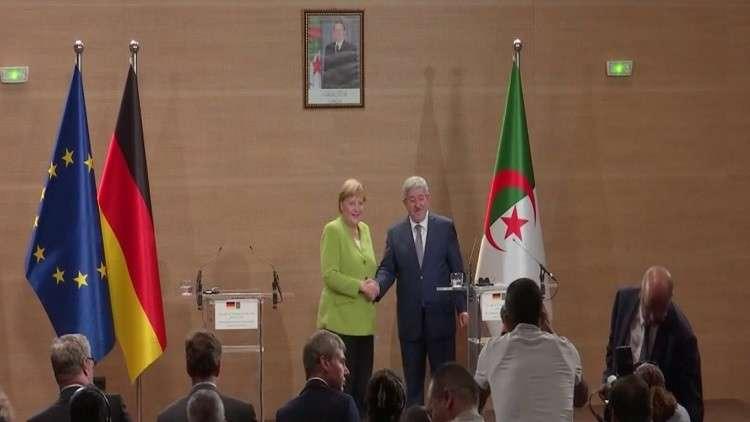 ميركل: سنعيد المهاجرين إلى الجزائر