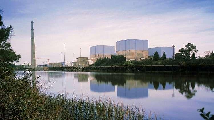 فيضانات تعزل عمال محطة نووية أمريكية عن العالم الخارجي!