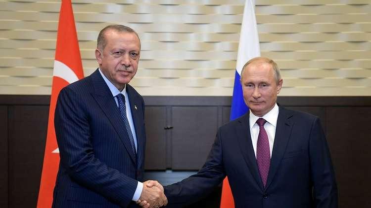 أردوغان يعود إلى مغازلة أمريكا