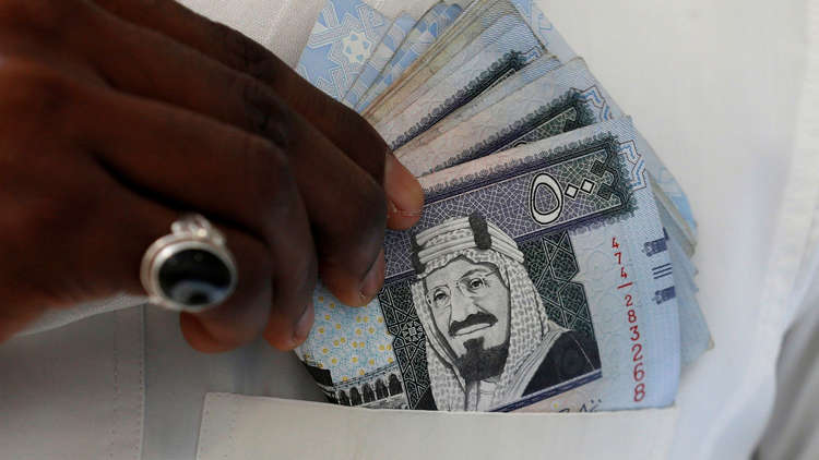 السعودية تستثمر مليار دولار في أولى سياراتها الكهربائية