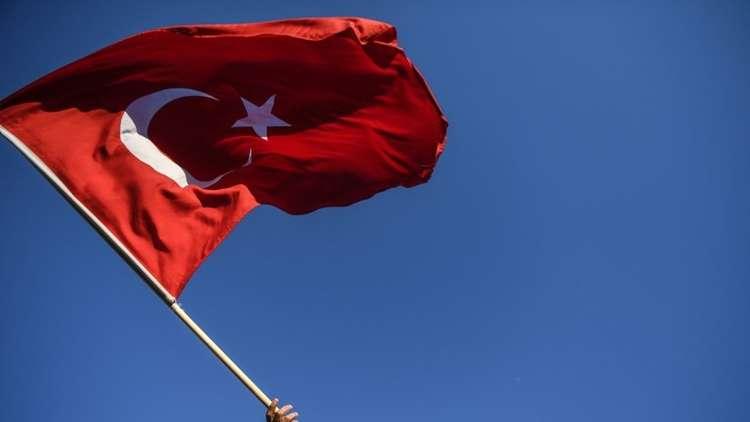 موقع إسرائيلي: العلم التركي لم يعد يرفرف على نصب الجنود الأتراك في بئر السبع!