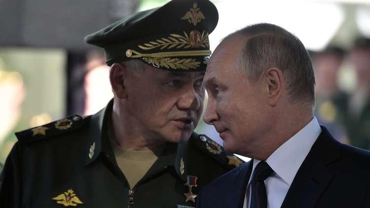 بوتين يؤكد ضرورة تطوير نماذج جديدة من الأسلحة