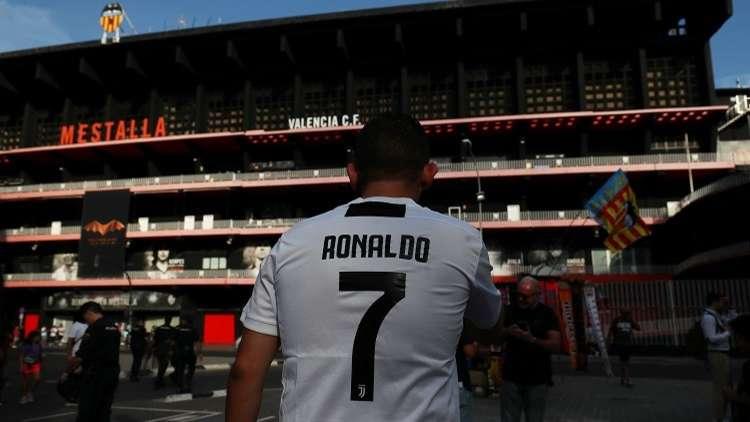 رونالدو يعود إلى إسبانيا بقميص يوفنتوس .. التشكيلة الأساسية