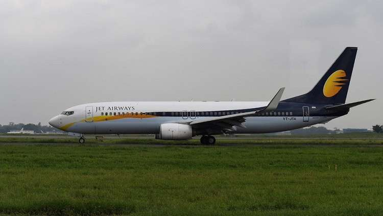 خطأ كارثي يصيب ركاب طائرة هندية بالنزيف!
