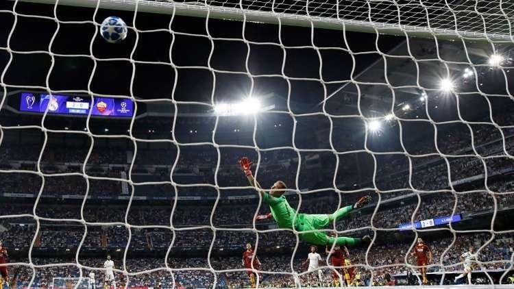 بالفيديو.. هدف رائع بقدم نجم ريال مدريد الجديد
