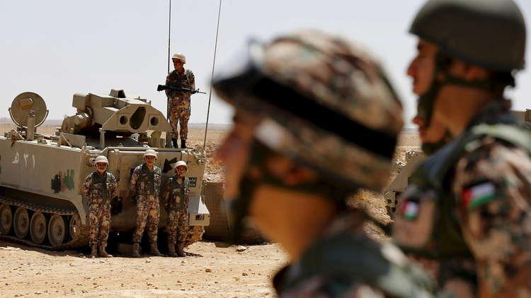 بالصور.. فرنسا تمنح الجيش الأردني دفعة من الآليات العسكرية