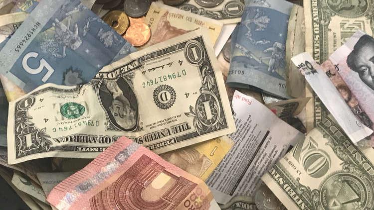 احتياطيات سلطنة عمان الدولية تنخفض إلى أدنى مستوى