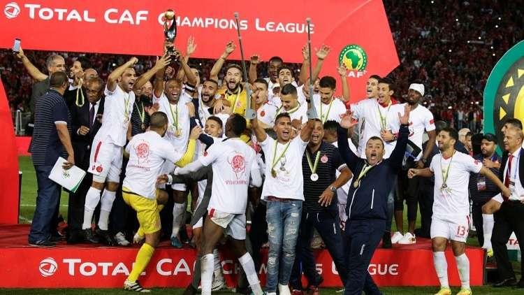 وفاق سطيف الجزائري يجرد الوداد المغربي من لقب بطل إفريقيا