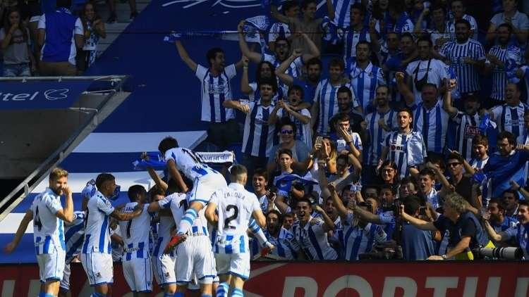 ريال سوسييداد يهزم هويسكا في عقر داره بـ 9 لاعبين (فيديو)