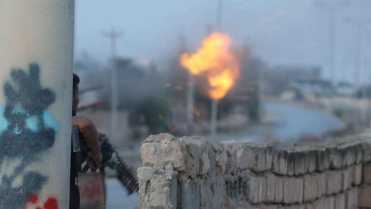 بالفيديو.. تحذيرات من تعرض طرابلس لأزمة وقود بسبب القتال