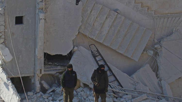 مسلحو المعارضة الموالون لتركيا في إدلب يرفضون تسليم أسلحتهم والانسحاب