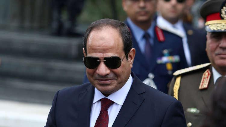 السيسي يصدر قرارا جمهوريا خاصا برواتب ضباط الجيش المصري