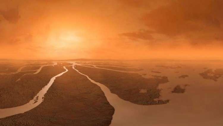 سطح قمر زحل