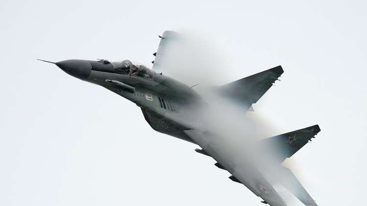 شاهد.. أحدث مقاتلات روسيا تحمي سماء مصر