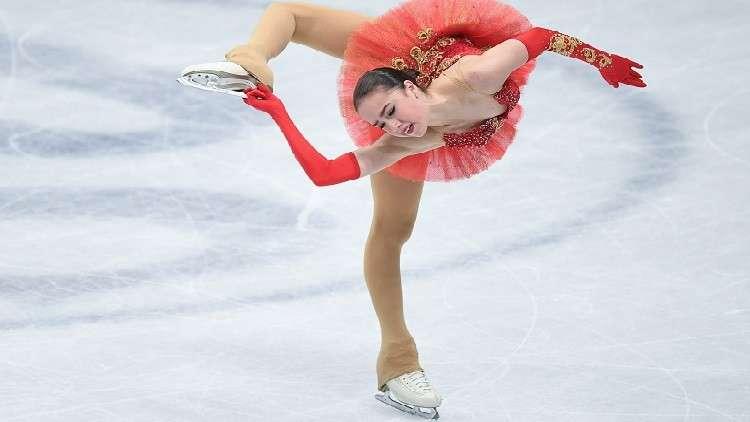 بالفيديو.. الروسية زاغيتوفا تسجل رقما عالميا جديدا في التزحلق الفني على الجليد