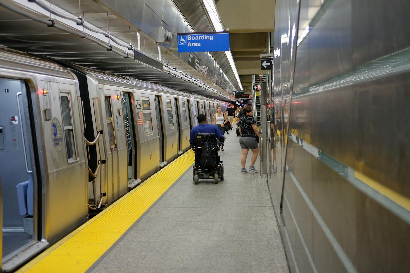 افتتاح محطة المترو المدمرة في أحداث 11 سبتمبر بنيويورك