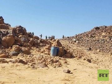 بالصور.. القوات العراقية تسيطر على معسكر الشيخين التابع لـ