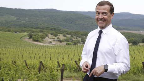 رئيس الوزراء الروسي دميتري ميدفيديف