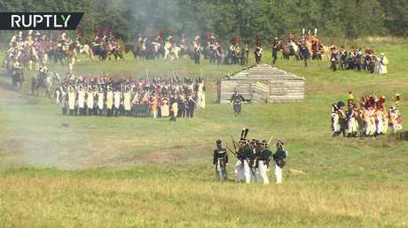 محاكاة انتصار الجيش الروسي على جيش نابليون في