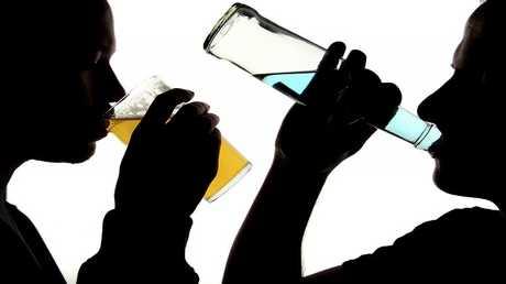 ماذا يحصل للجسم عند التخلي عن تناول الكحول