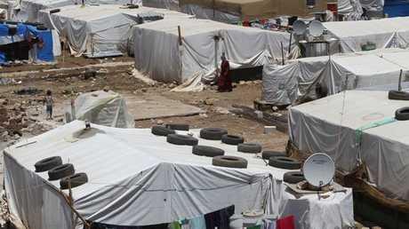 مخيمات البؤس التي تأوي اللاجئين السوريين في لبنان